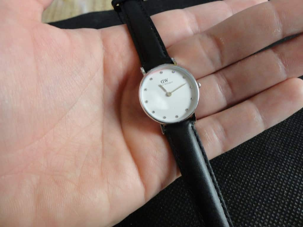 Daniel Wellington 0921DW in mano