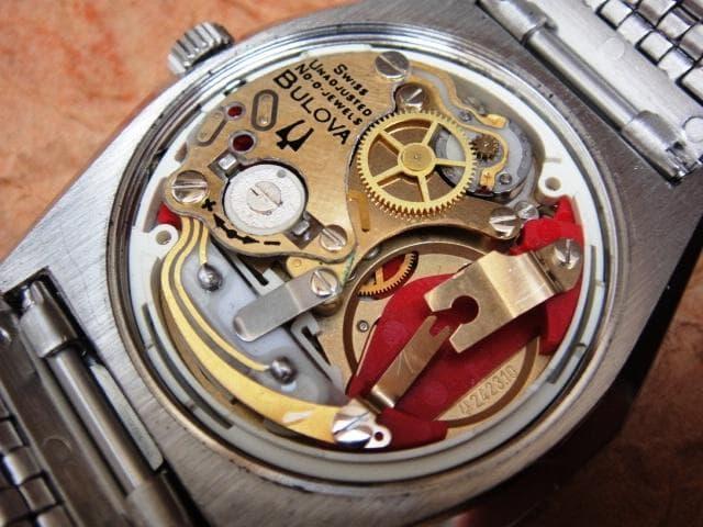 informazioni sull'orologio al quarzo