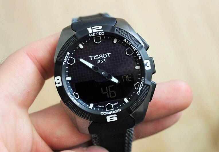 caratteristiche tissot t-touch