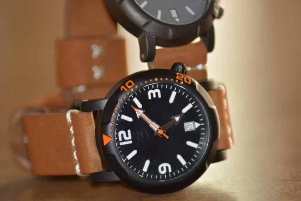 casso scuro watches in titanio