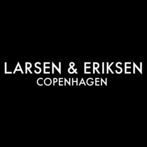 Larsen & Eriksen logo