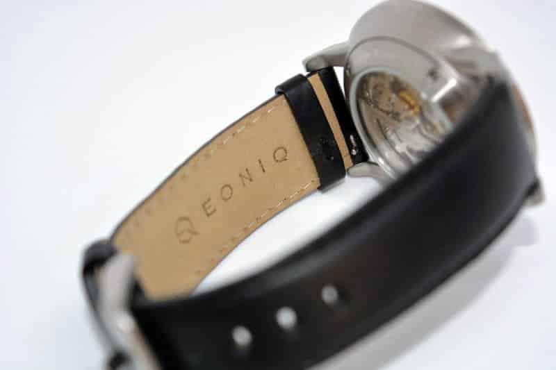 cinturino nero orologio EONIQ