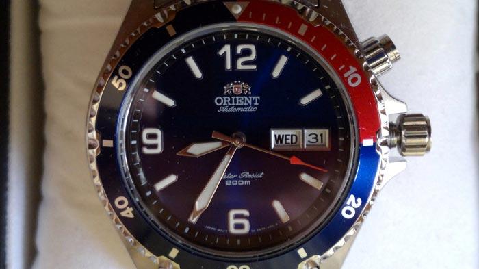 quadrante blu Orient Mako fem65006dv
