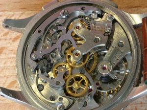 Venus 175 dal 1946 il movimento Chronomat firmato sia 'BREITLING' e 'WOG'