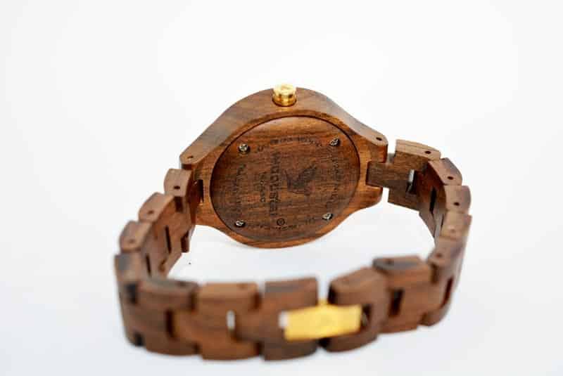 cassa in legno con chiusura a vite