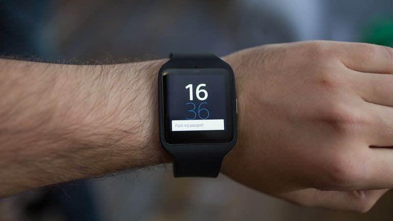 Sony smart watch 3 al polso