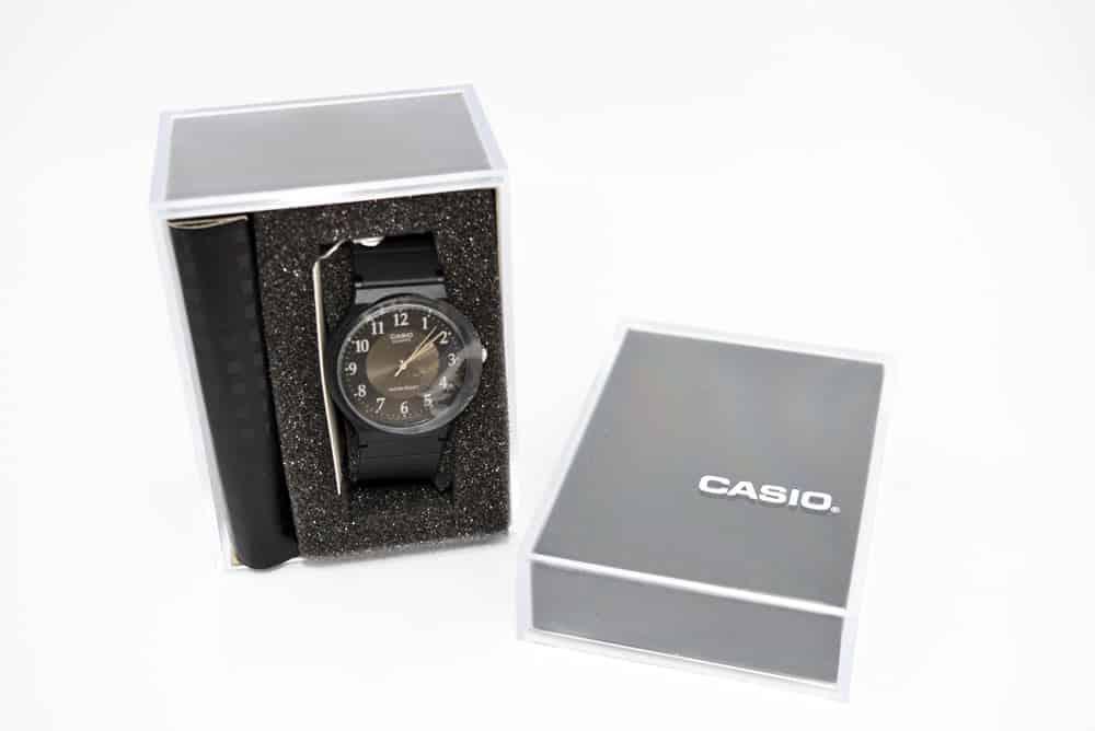 scatola Casio MQ-24-1B3LLEF