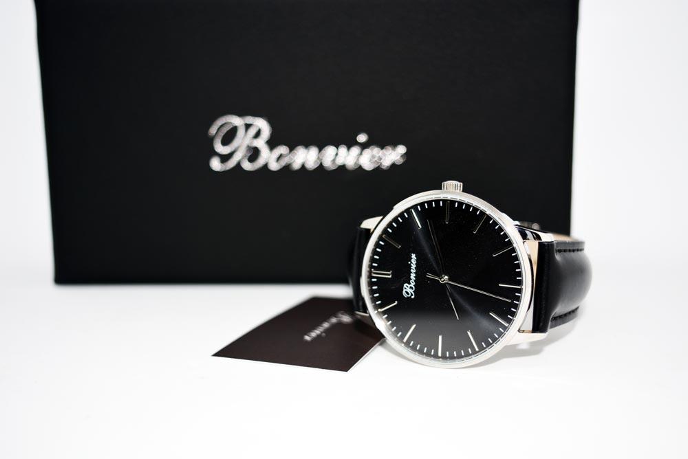 orologio da uomo con quadrante nero