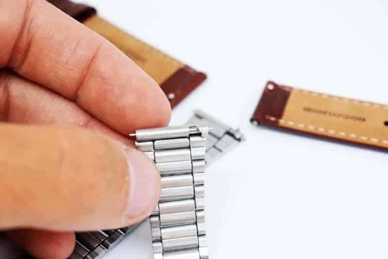 meccanismo per sostituire i cinturini