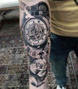 bussola e orologio tattoo