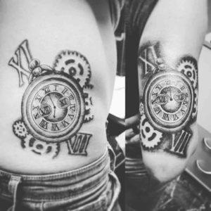 orologio a pendolo tattoo