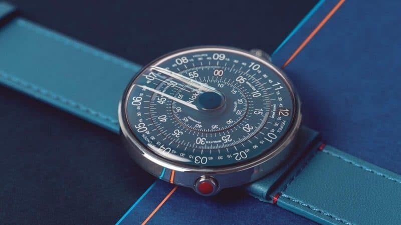 Klok-01 di Klokers con quadrante blu