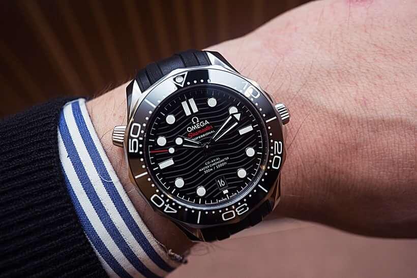 Omega Seamaster Professional Diver 300M Co-Axial Master Chronometer - orologi subacquei con valvola elio