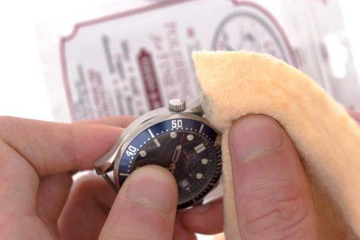 Come lucidare un orologio in acciaio