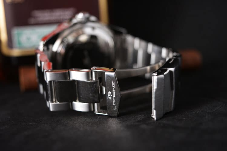 chiusura cinturino in acciaio