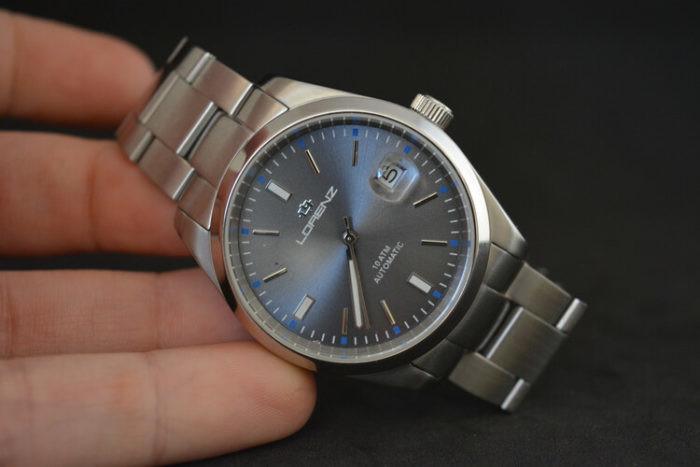 Quadrante orologio grigio