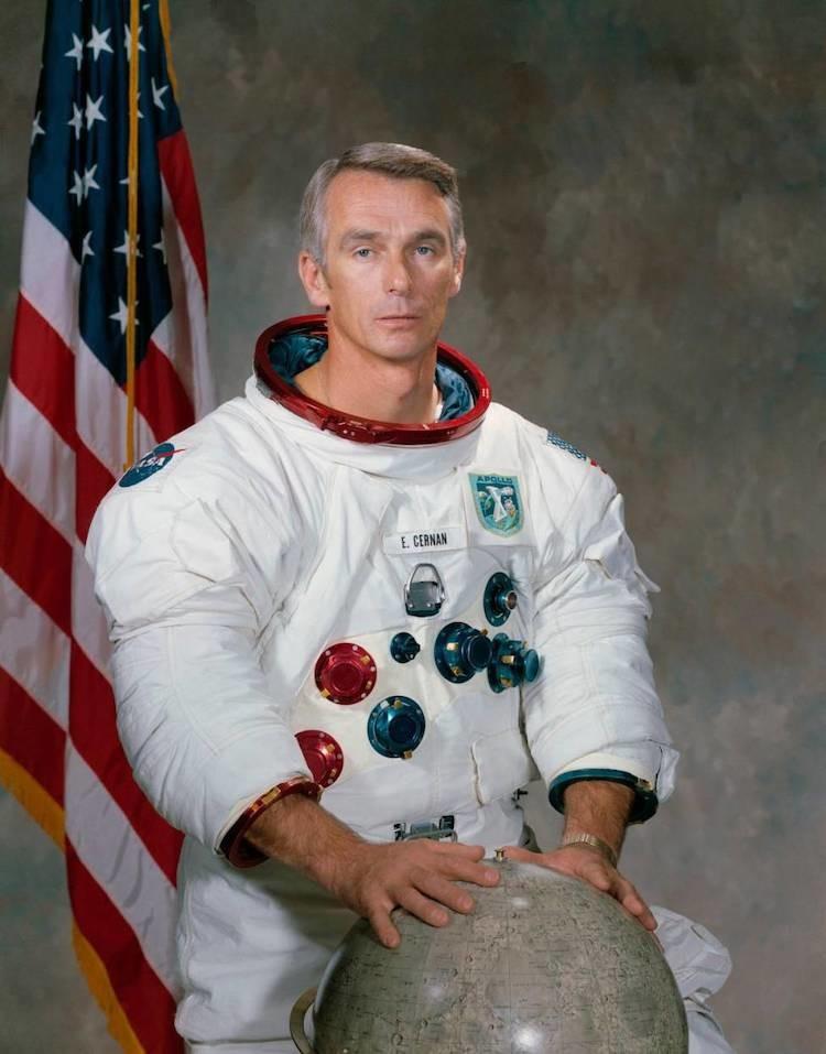 Gene Cernan nella foto ufficiale della missione Apollo X del 1969.