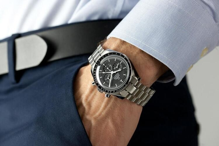 Omega Speedmaster Moonwatch Opinioni