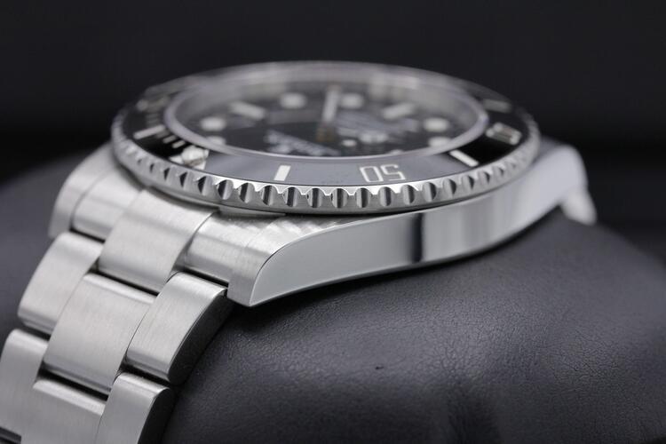 dimensione Rolex Submariner Ref 124060